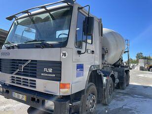 camião betoneira VOLVO FL12