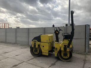 compactador de asfalto DYNAPAC CC122