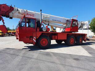 grua móvel RIGO RTT 600